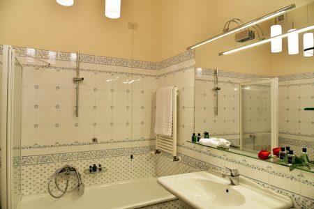 Apartment Florence Vista Uffizzi Gallery Bathroom